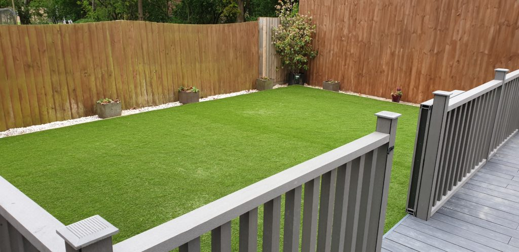Artifical Grass and Composite Decking in RedLodge